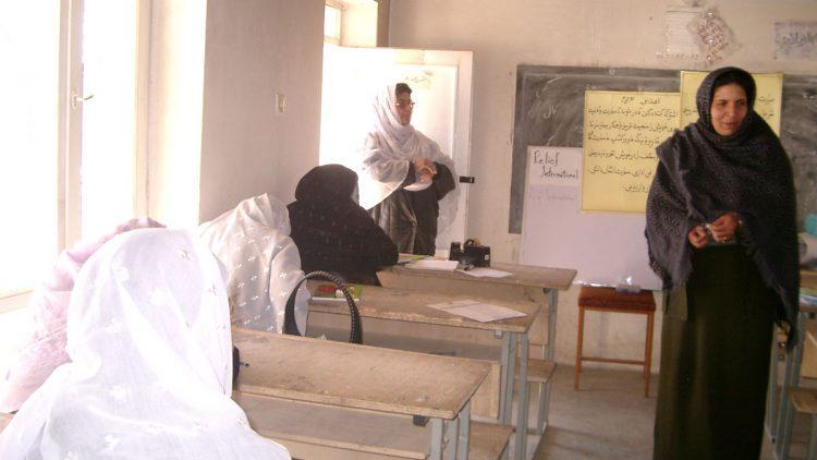 afghanistan-country-timeline-027081904-750x422.jpg
