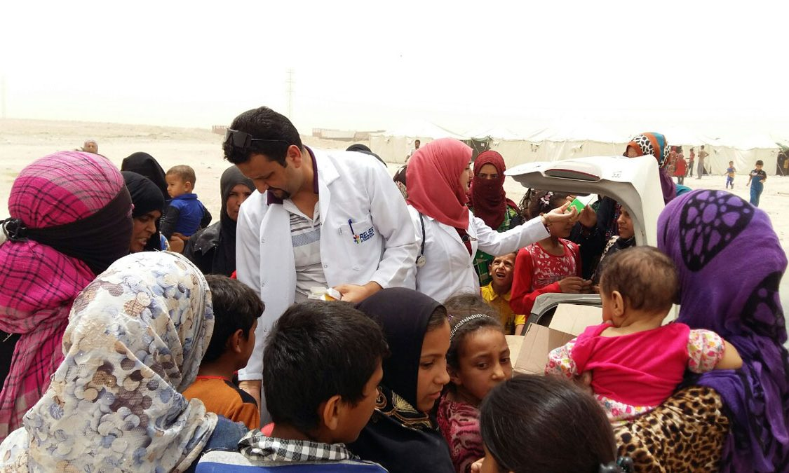 Relief International staff distribute critical medical and hygiene supplies to displaced families in Anbar, Iraq. RI Staff/RI
