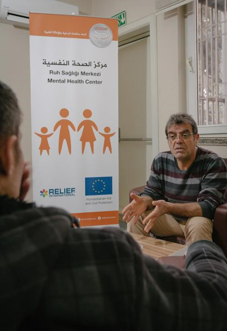 Dr. Jalal at our Community Mental Health Center in Gaziantep. Vicky Markolefa/RI