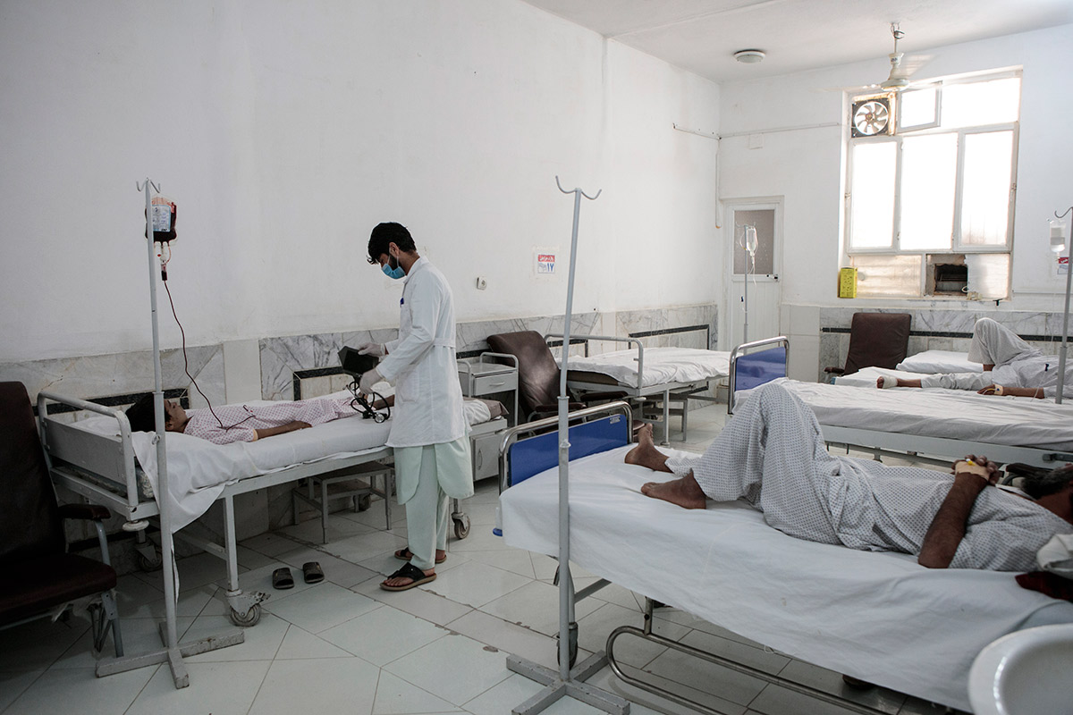 afghanistan-clinic-patients.jpg