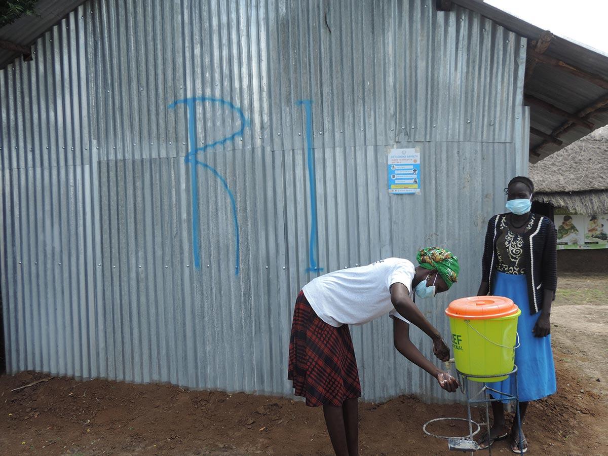 global-handwashing-day-south-sudan.jpg