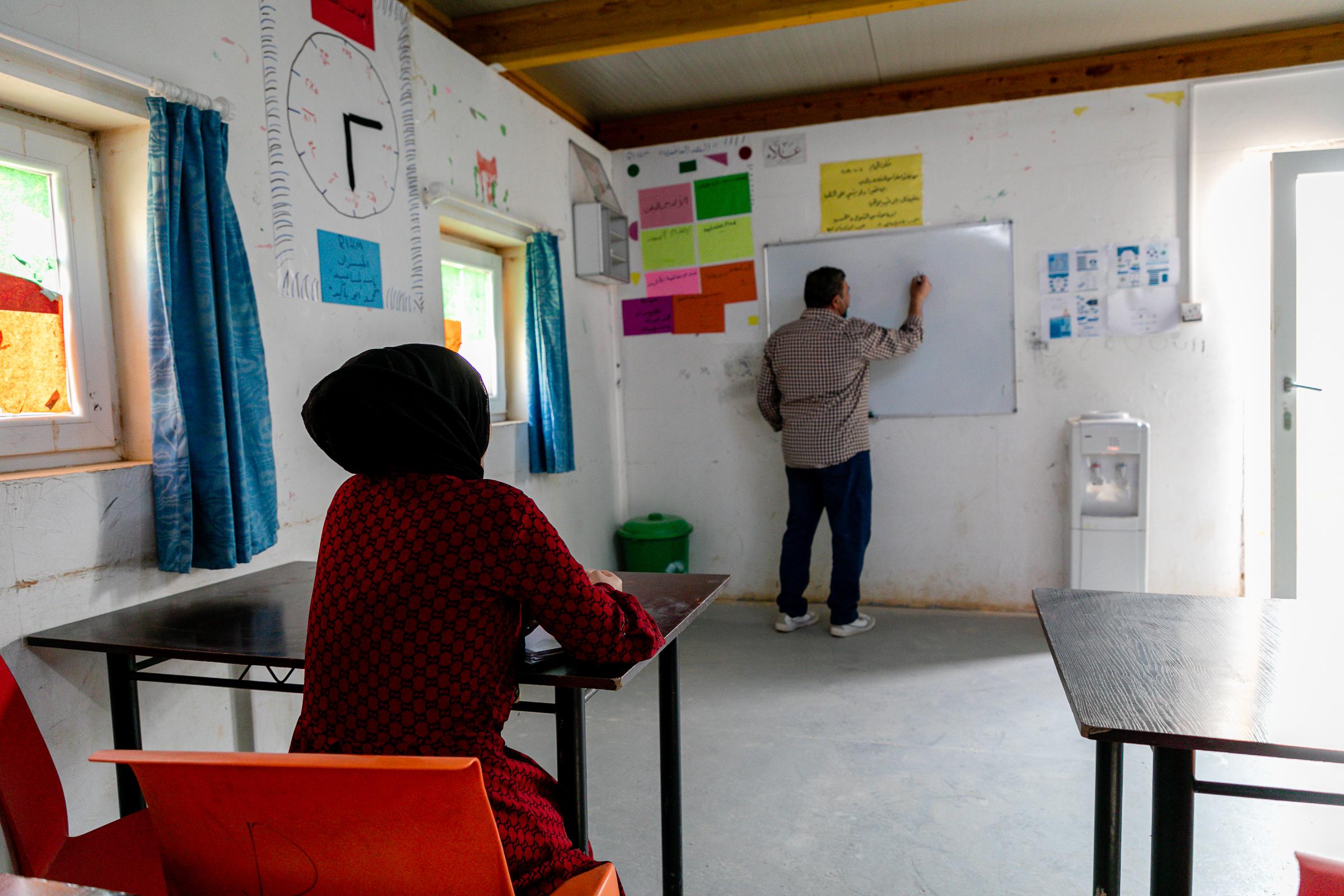 Iman-durring-her-class-in-RI-Center-in-Zaatari-camp-3.jpg