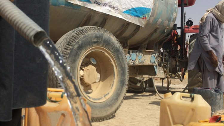 Water-Distribution-in-Drought-Affected-Area-of-Afghanistan-PC-Naeem-Azeem-750x422.jpg